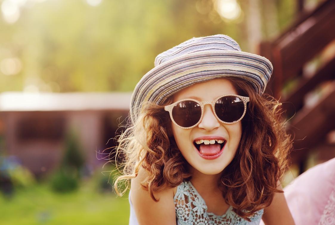 b70c21525 Óculos de sol para crianças são realmente necessários?